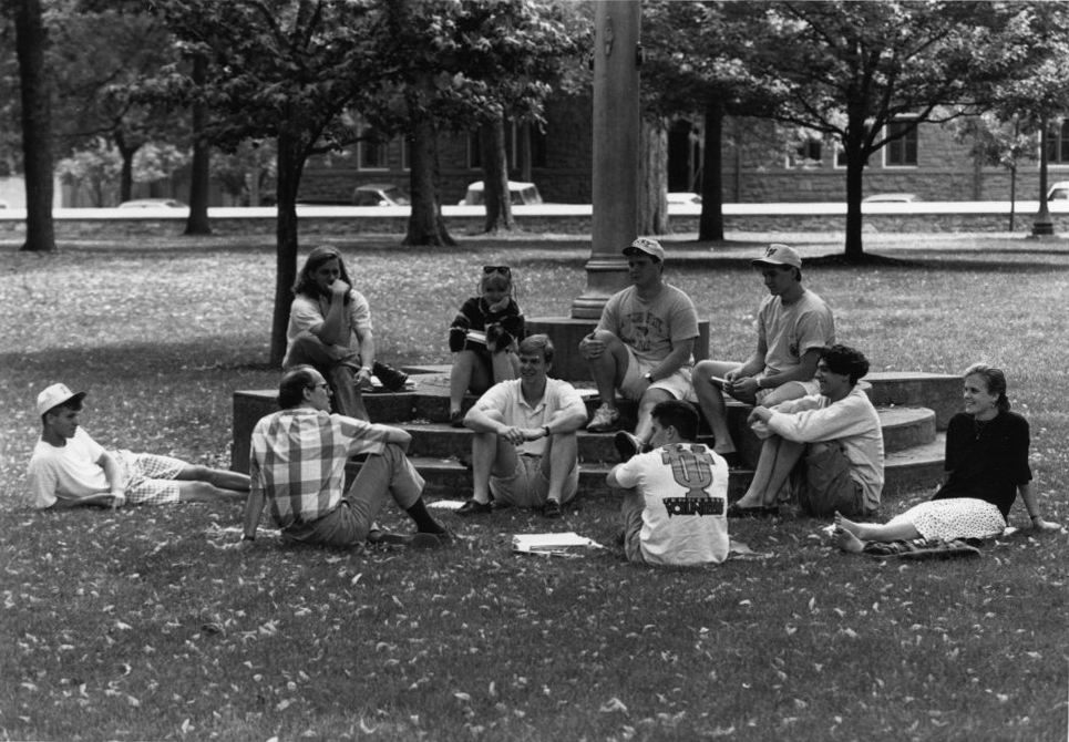 Class meeting outside, 1990