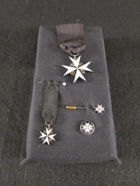 Pin and Ribbon Sets