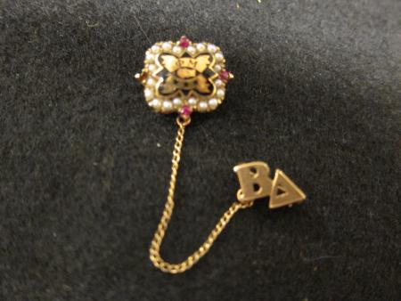 Phi Mu sorority pin, c.1934