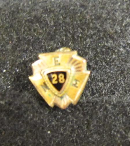 Pin, c.1928