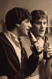 Students talk over drinks, c.1983