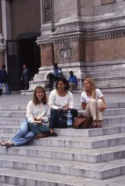 Students sit on the steps of San Petronio, 1994