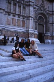 Students sit on the steps of San Petronio, 1996
