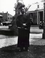 Leo Asbell, 1932
