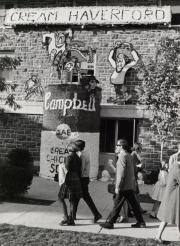 Homecoming spirit display by Sigma Alpha Epsilon, c.1965