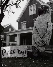 Homecoming spirit display by Sigma Alpha Epsilon, c.1960