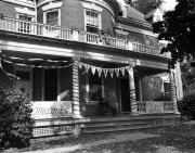 Sigma Alpha Epsilon house, 1982