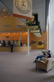 Waidner-Spahr Library circulation desk, 2005