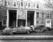 Homecoming spirit display by Phi Delta Theta, 1949
