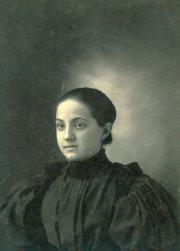 Blanche Una Beitzel, 1900