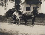 Zatae Longsdorff and daughter, c.1905