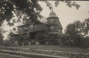 Zatae Longsdorff's home, 1910