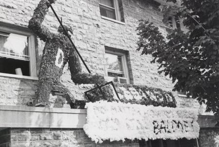 Homecoming spirit display, 1970